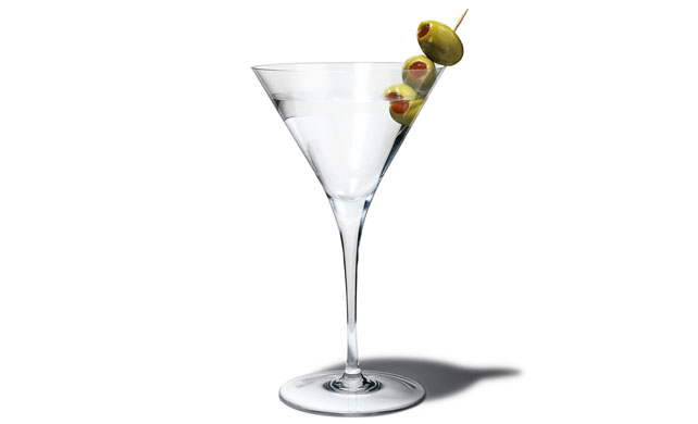 Classic Dry Martini Shaken With Clean Ice